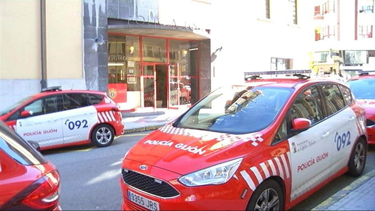 Calles en el concejo de Llanes a causa de las fuertes lluvias.Policía Local de Gijón