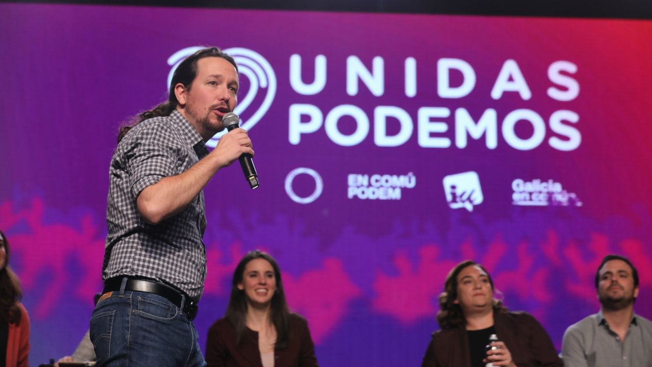 En primer término, Pablo Iglesias durante un acto de Unidas Podemos