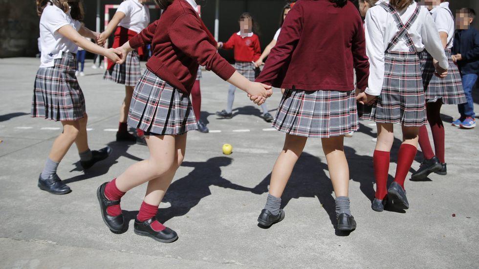 En España el uniforme es en la actualidad sinónimo de un cierto estatus