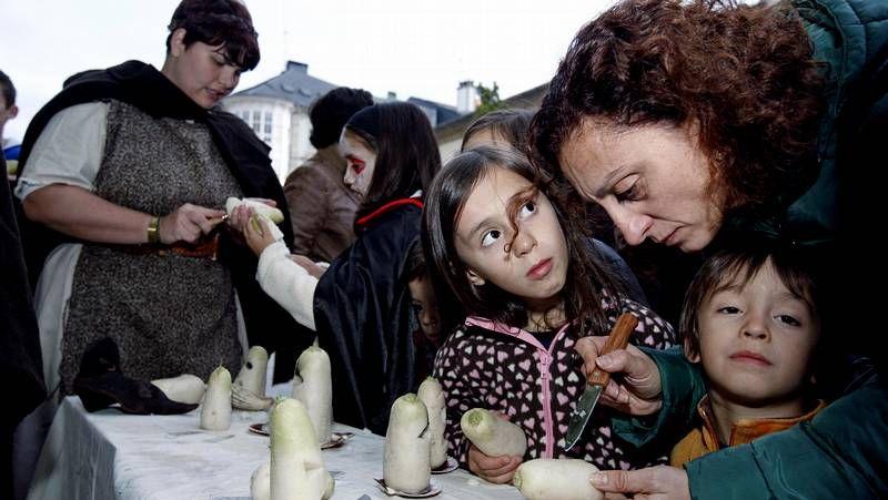 Protestas en Portugal contra los recortes.El Flora, en Area, anuncia que cuatro grupos actuarán en el Flora Brutal Assault.