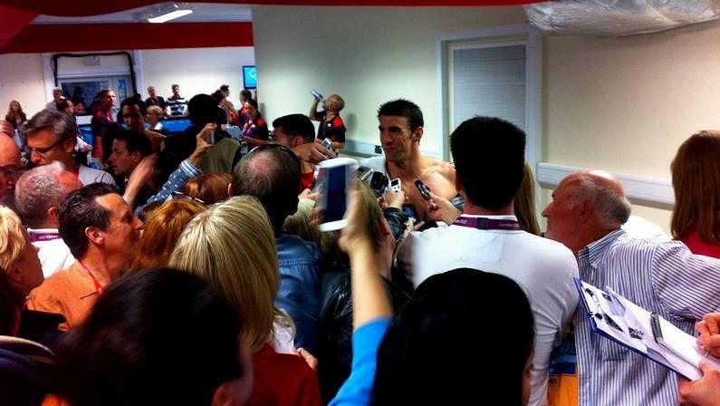 La cuarta jornada de los Juegos Olímpicos de Londres 2012, en imágenes.Phelps, con su medalla de oro en 4x200 libres