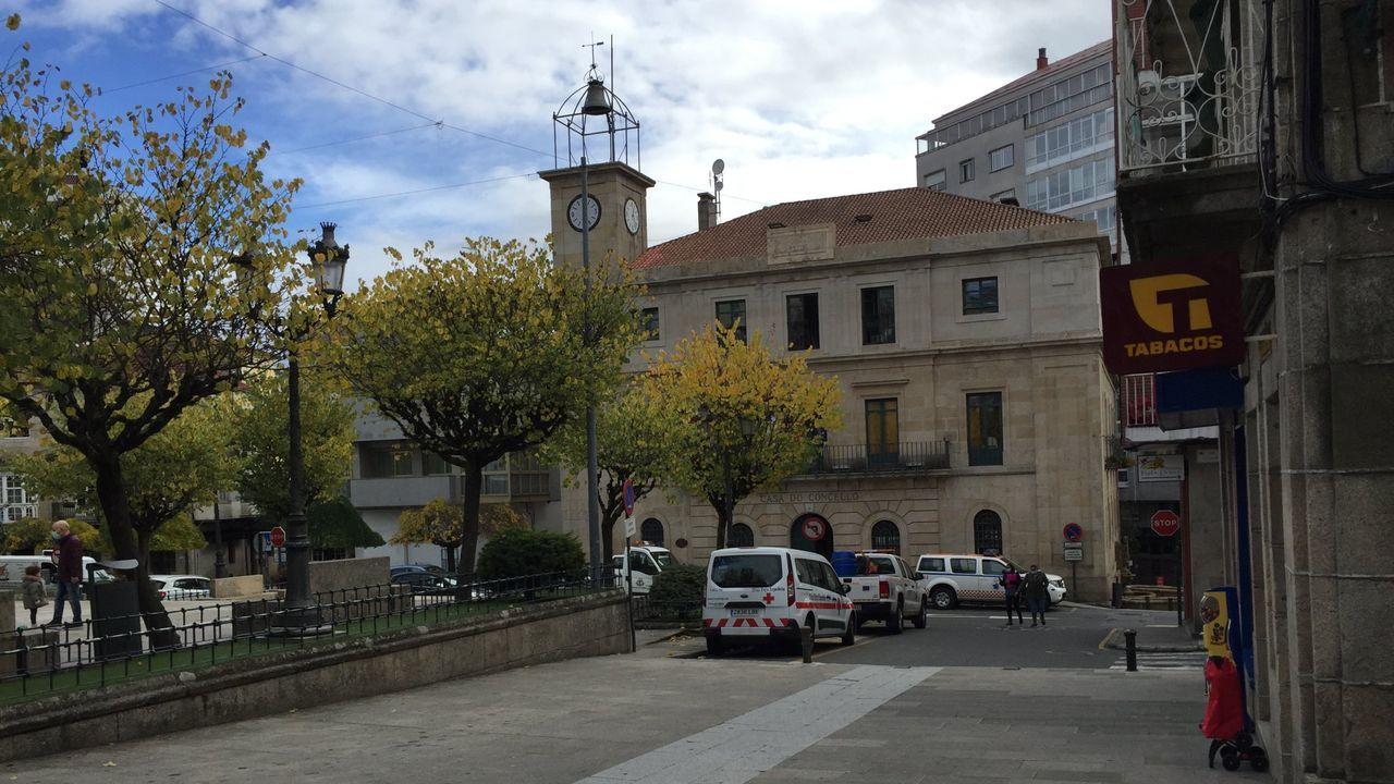 Terrazas en la zona peatonal de Monforte antes del último cierre decretado por la Xunta