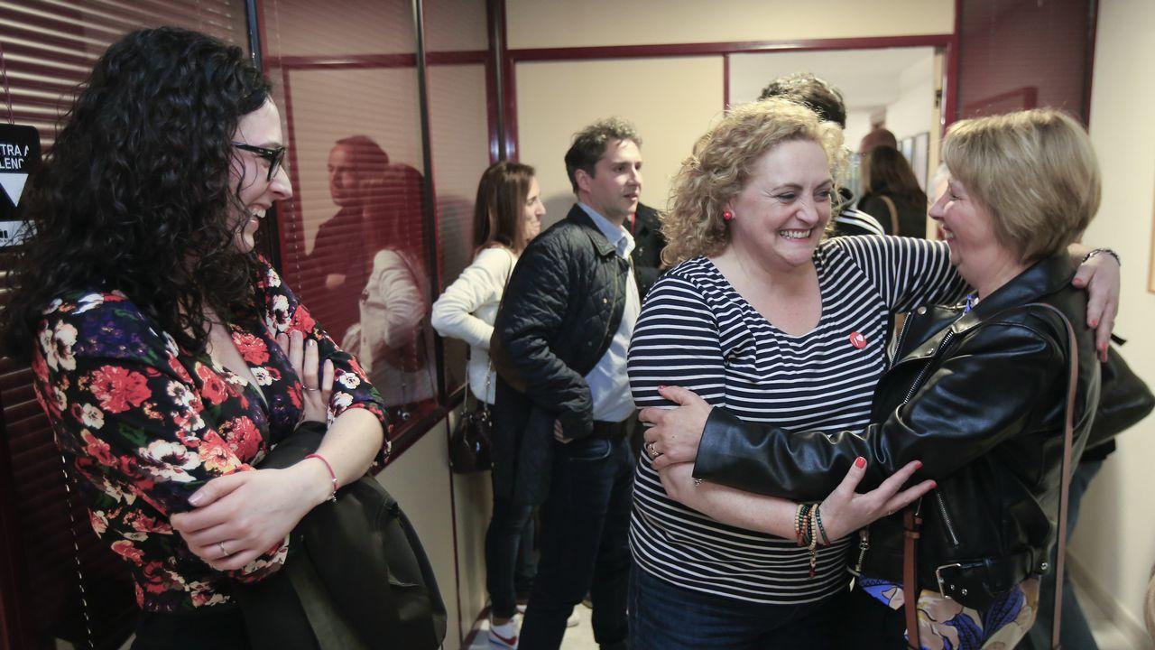 La candidata socialista al Congreso , Sonsoles Izquierdo, ayer en la sede del partido em Lugo