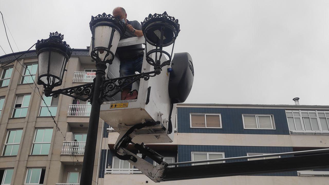 La avenida de Celanova, en A Valenzá, será uno de los puntos donde se sustituirán las luminarias