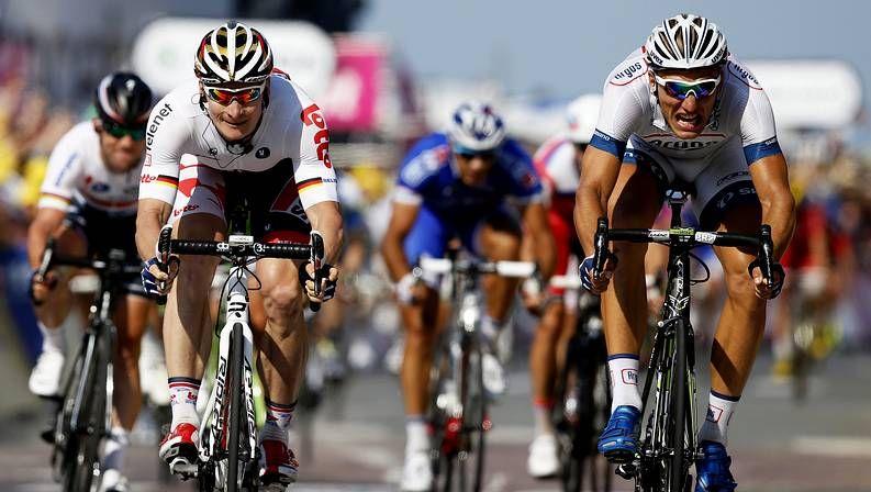 Decimoprimera etapa del Tour de Francia.Kittel, a la derecha, vencedor de la etapa