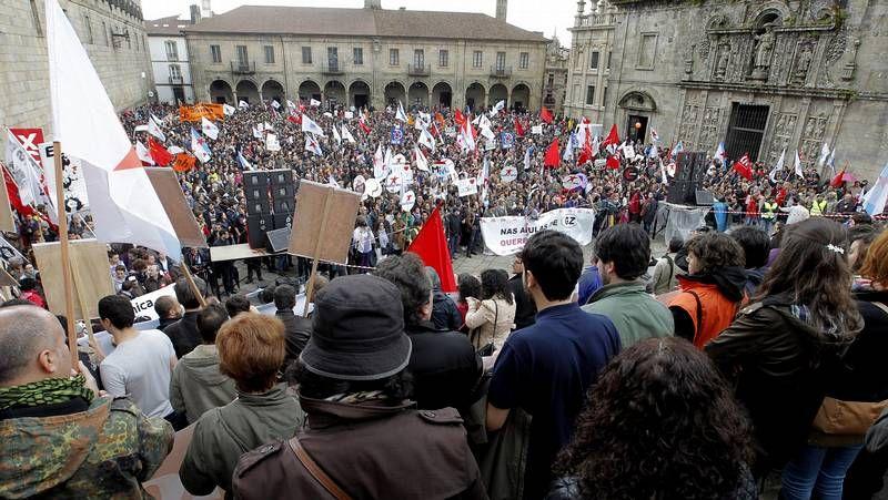 <span lang= gl >Manifestación de Queremos Galego en Compostela</span>