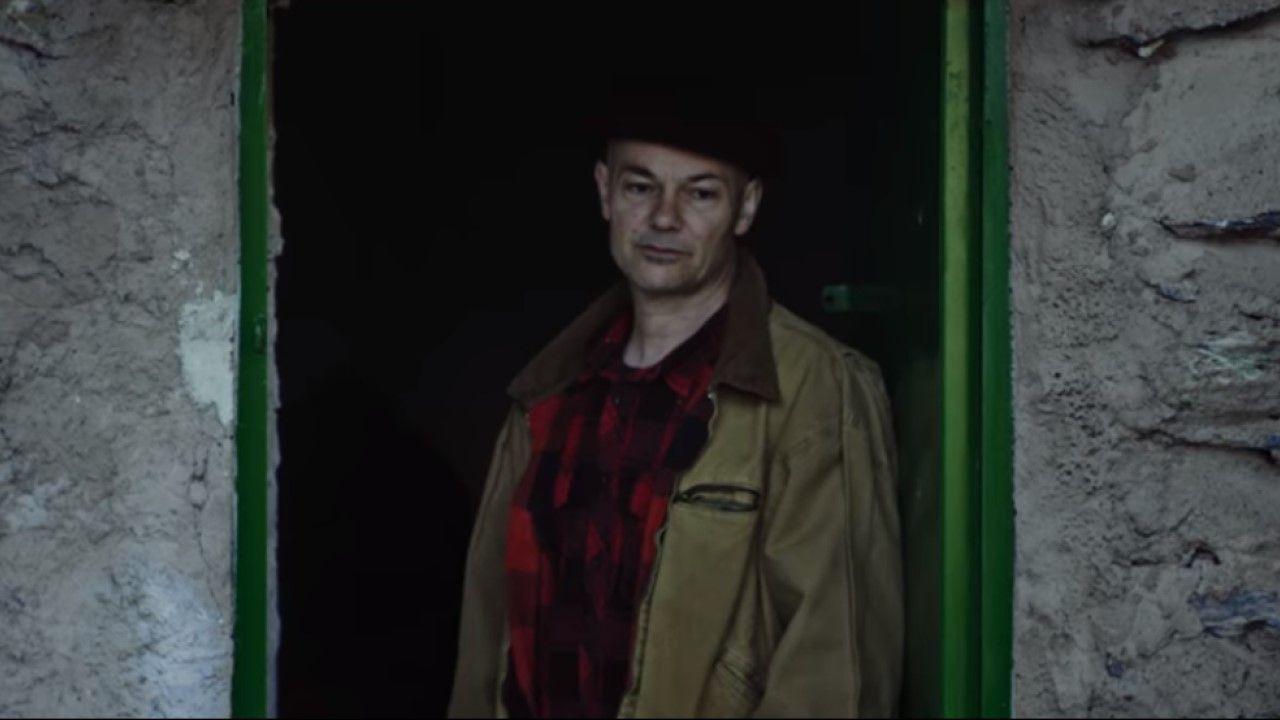 «20 de abril» de Celtas Cortos: Así es su videoclip.LOVE OF LESBIAN