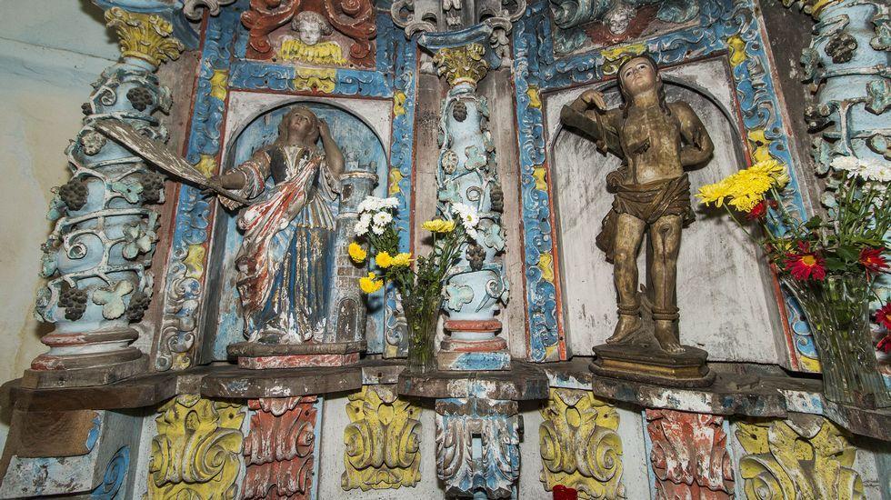 Otro aspecto de los retablos de la iglesia