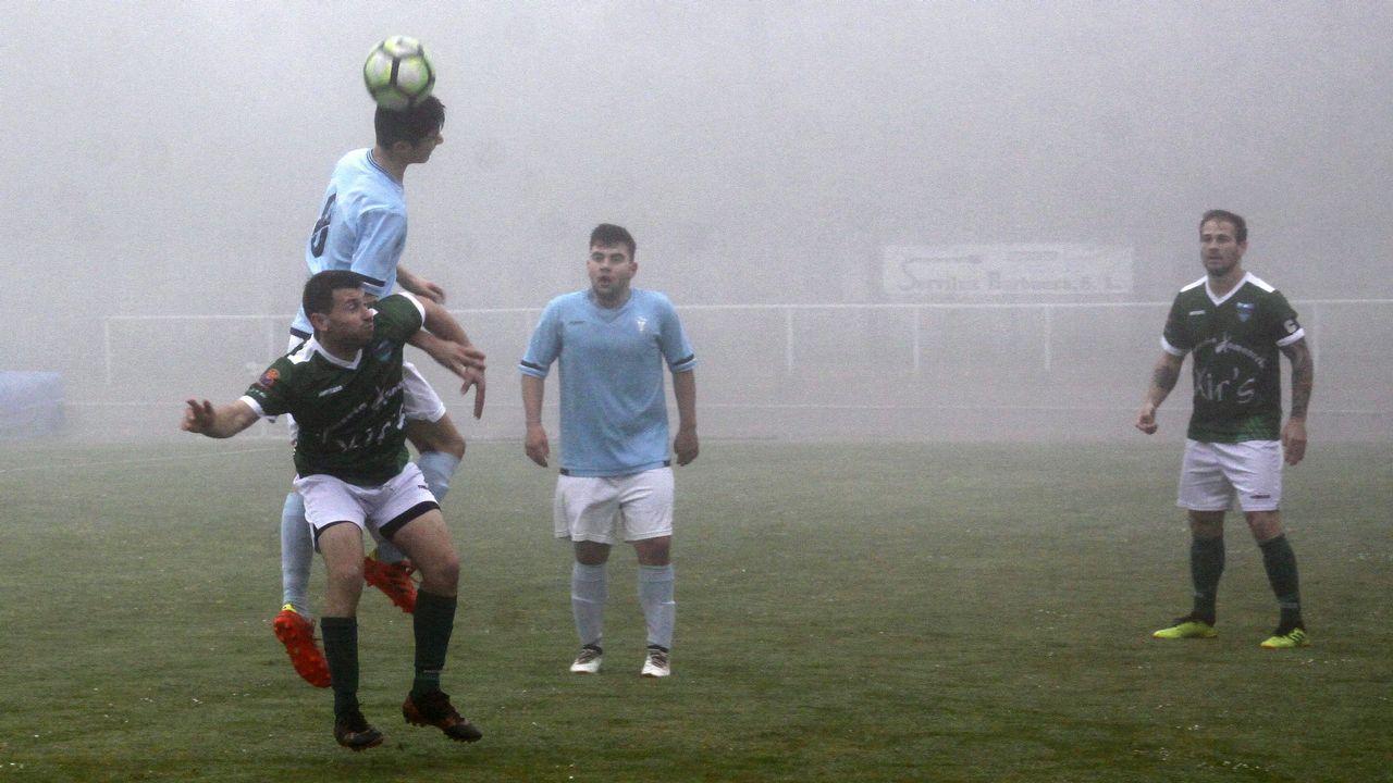 ¡Mira aquí las imágenes del partido del tercera entre el Boiro y el Ourense!
