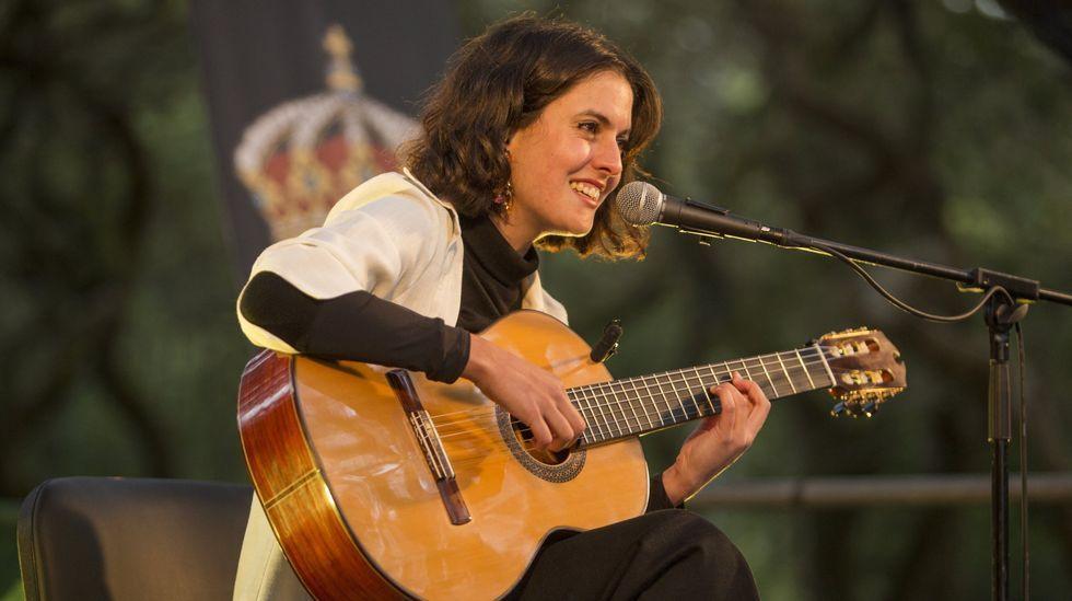 Antía Muíño, durante o seu concerto na Carballeira de Baio, no pasado mes de agosto