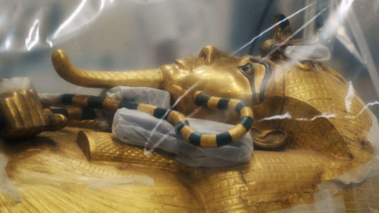 La restauración del sarcófago de Tutankamón