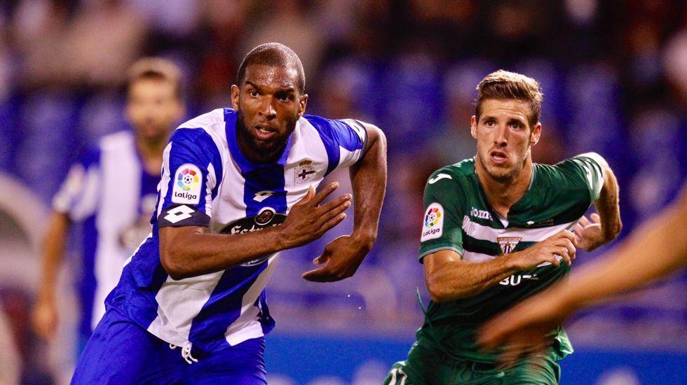 El Deportivo-Sporting de Gijón, en fotos.Mareona