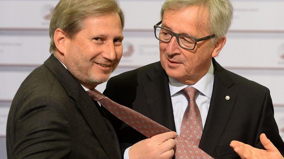 El extraño comportamiento de Juncker en la cumbre de Riga