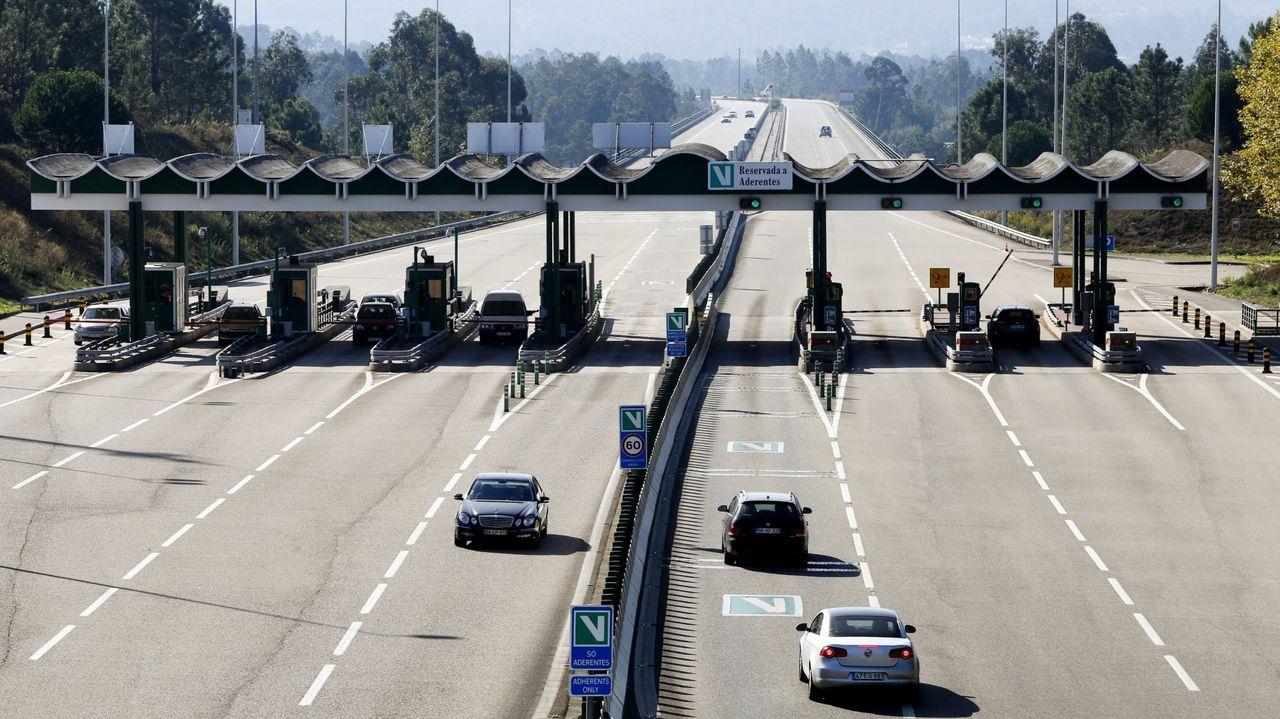 Pontevedra, normalidad laboral en la industria en el primer lunes en estado de alarma.El puente de Rande casi sin tráfico por el estado de alarma