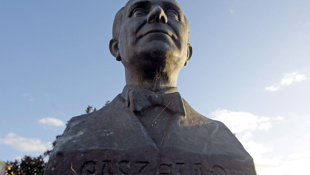 Busto de Castelao en Rianxo