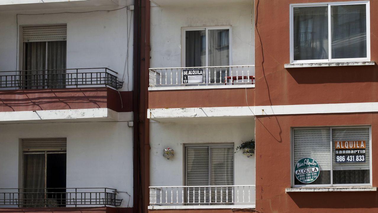 «O pago la hipoteca o le doy de comer a mi hijo».Imagen de archivo de una protesta en Vigo