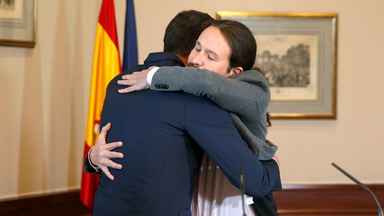 La firma del acuerdo, en imágenes.Manuel Chaves y José Antonio Griñán, expresidentes de la Junta de Andalucía, procesados por el caso de los ERE
