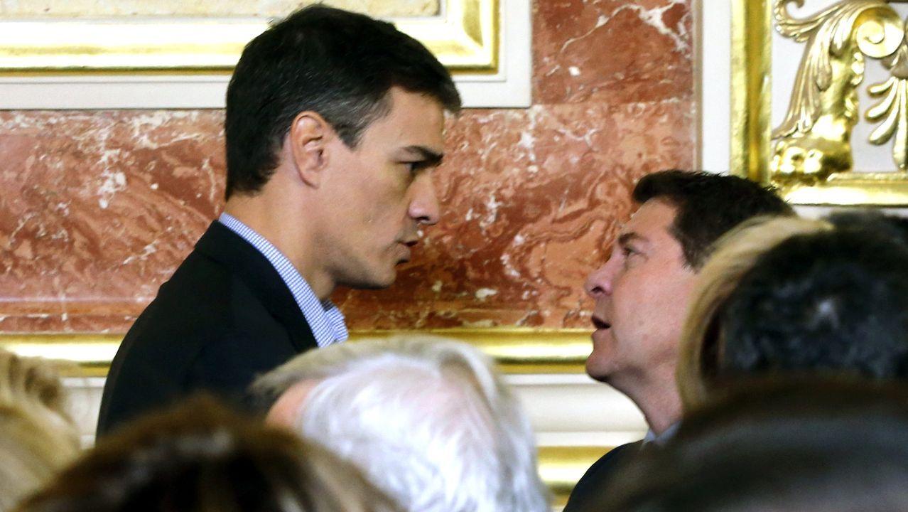 El presidente de Castilla-La Mancha, con Pedro Sánchez, en una imagen del 2017