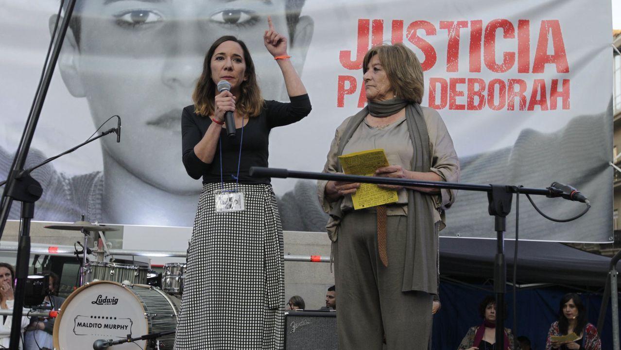 Familiares de Déborah Férnandez en un homenaje a la joven realizado el pasado abril