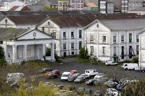 Los cargos PP ferrolano, ante la SEPI y Navantia.En la fotografía, vista parcial de las instalaciones del antiguo acuartelamiento Sánchez Aguilera.