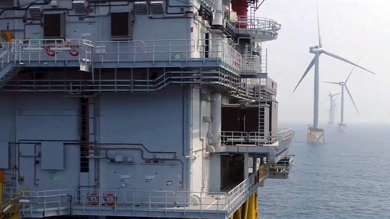 «Unidos por el viento», el homenaje de Iberdrola a los trabajadores que hacen posible sus parques eólicos marinos.Imagen de archivo de la huelga comarcal del 2013, en demanda de medidas similares