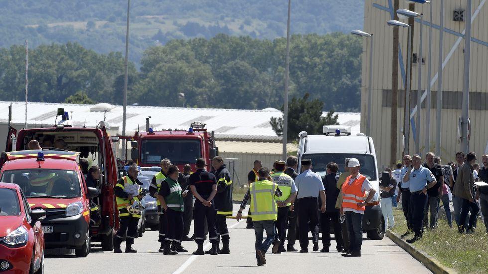 Un hombre ha irrumpido este viernes en la sede de una empresa de químicos en Saint-Quentin-Fallavier, en el este de Francia, y ha hecho explotar varias bombonas de gas
