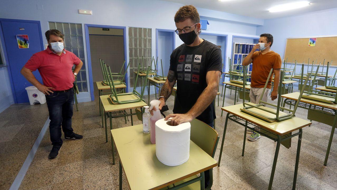 Ángeles Mera cree que la gente está más concienciada y que este año habrá un alto porcentaje de vacunados en Ribeira