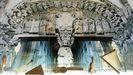 Sala Pórtico da Gloria: Esta sala amosa as réplicas dos instrumentos representados no Pórtico da Gloria da Catedral compostelá, nos manuscritos de Leonardo da Vinci e unha importante colección de zanfonas.