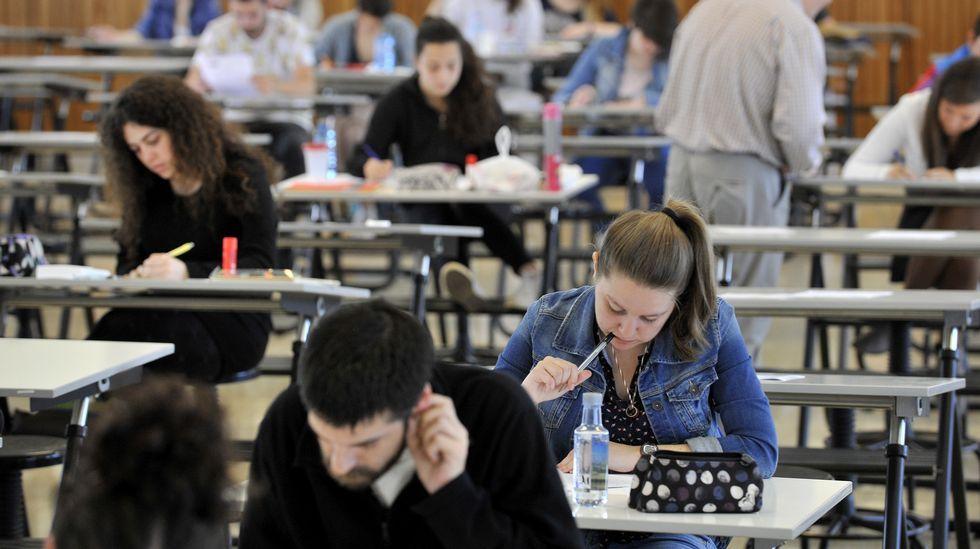 Los estudiantes universitarios deberán sacar una nota mínima en función de la rama estudiada para conseguir una beca