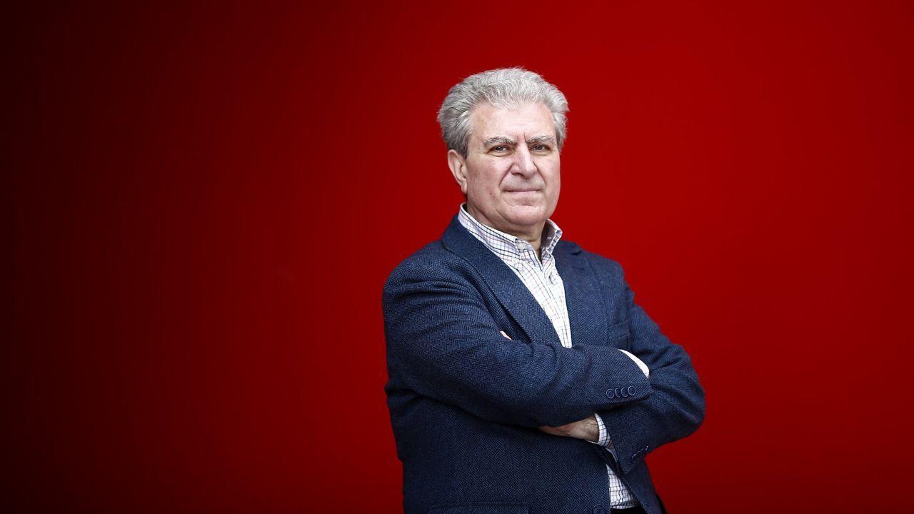 El exministro socialista César Antonio Molina