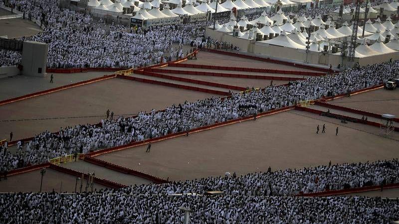 Imágenes de la peregrinación hacia La Meca.Vista del mausoleo de Yaser Arafat