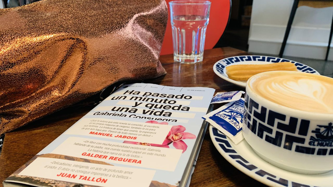 berna.Francisco de Paula, Blue Jeans: «He querido hacerme un Agatha Christie para jóvenes de hoy»