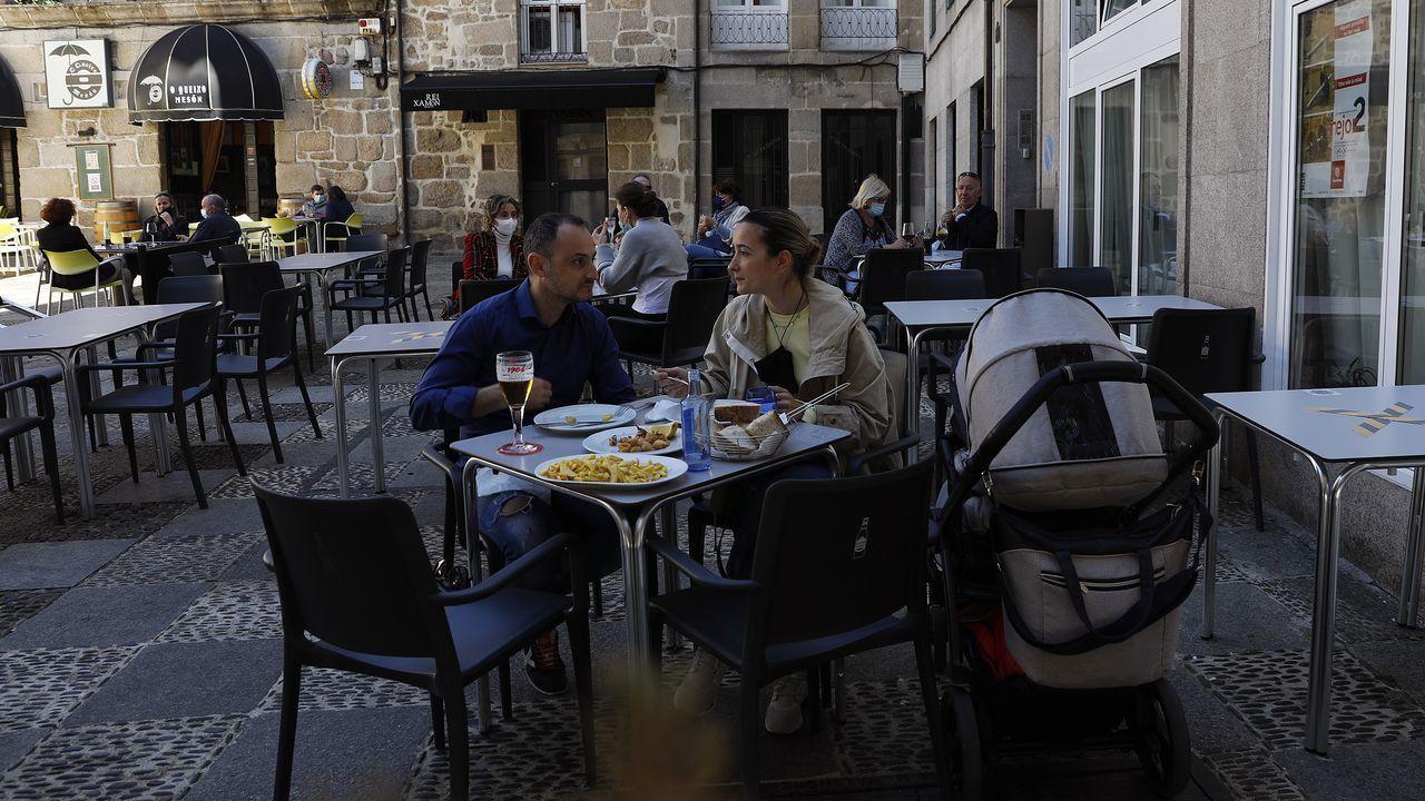 Presentación de la campaña turística Camiña Galicia del Xacobeo 21-22.La Eurocidade Chaves-Verín recibió en Fitur el premio Excelencias Bienestar por sus programas turísticos