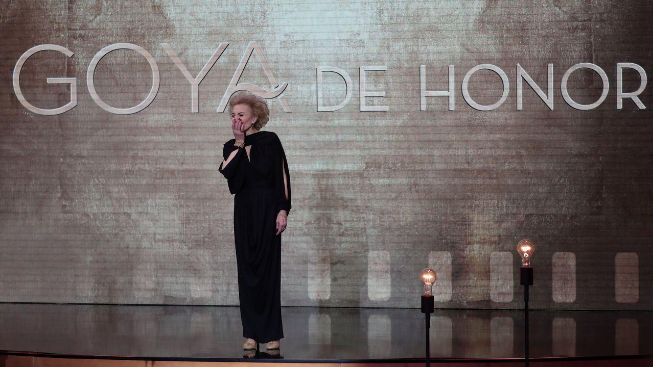 La directora Laura Ferrés recibe el premio al Mejor Cortometraje Documental