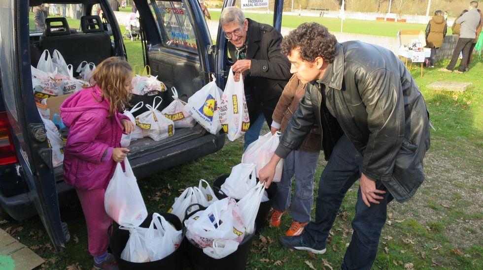 Inauguración del economato para personas necesitadas en A Coruña.Encuentro de Compromiso Social
