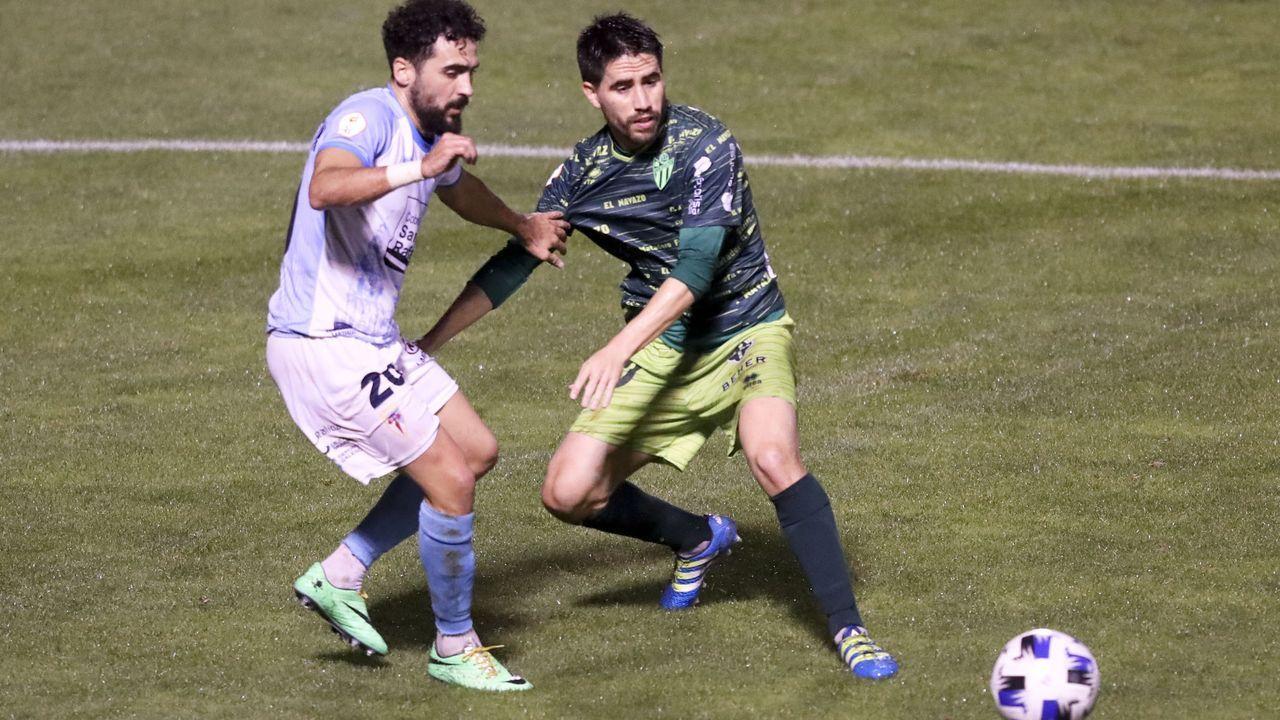 Villares, durante un entrenamiento de esta semana con el Deportivo