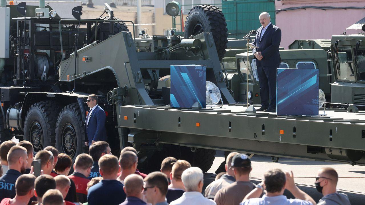 Lukashenko, druante la celebración del desfile de aniversario del Día de la Victoria contra los nazis en la Segunda Guerra Mundial, el pasado mes de mayo