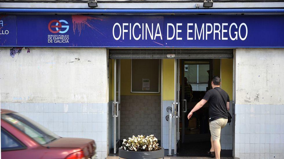 Rebajas adelantadas en una tienda de Oviedo.Rebajas adelantadas en una tienda de Oviedo