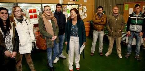 La conselleira de Traballo presentó el programa en la sede de la cooperativa Melisanto.