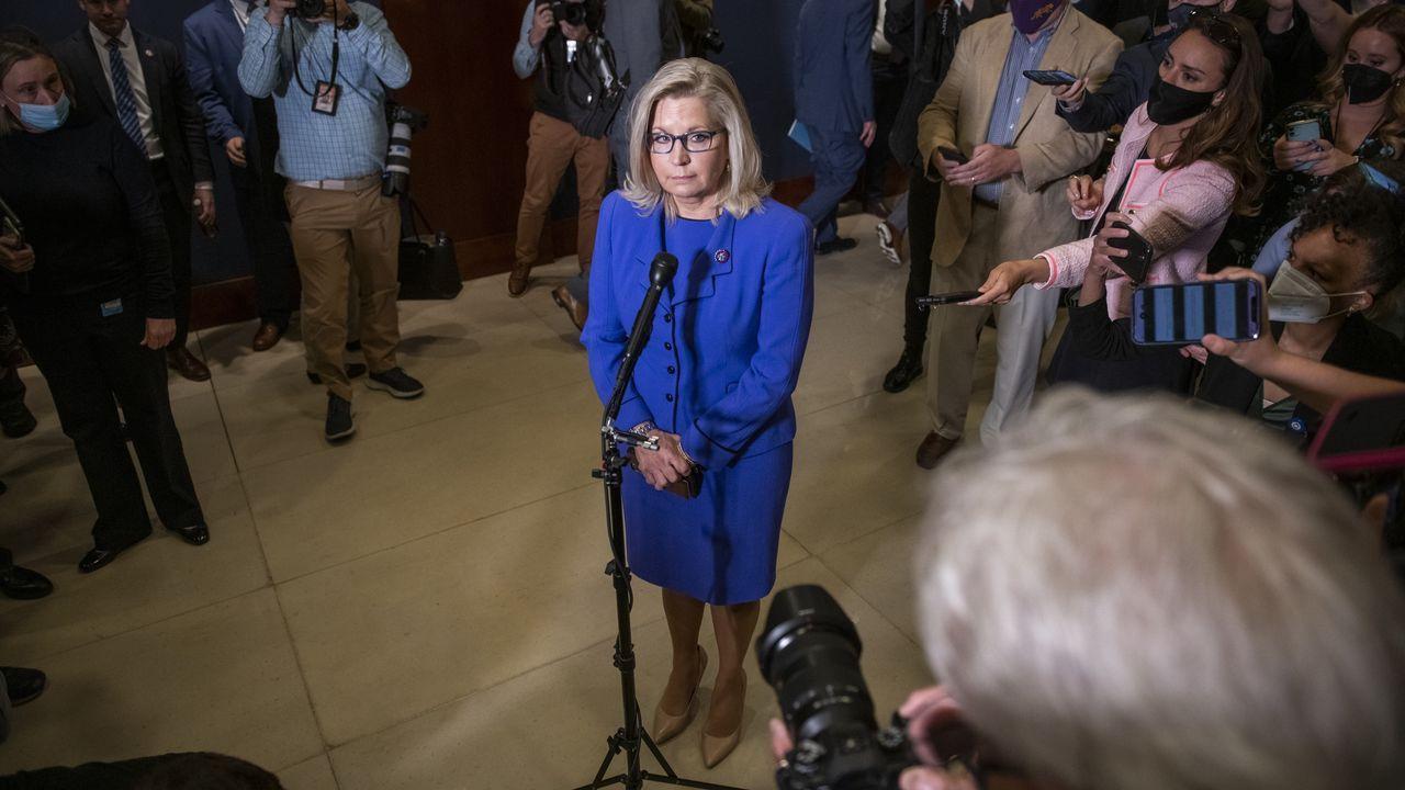 Liz Cheney, tras ser destituida de su puesto en el Congreso
