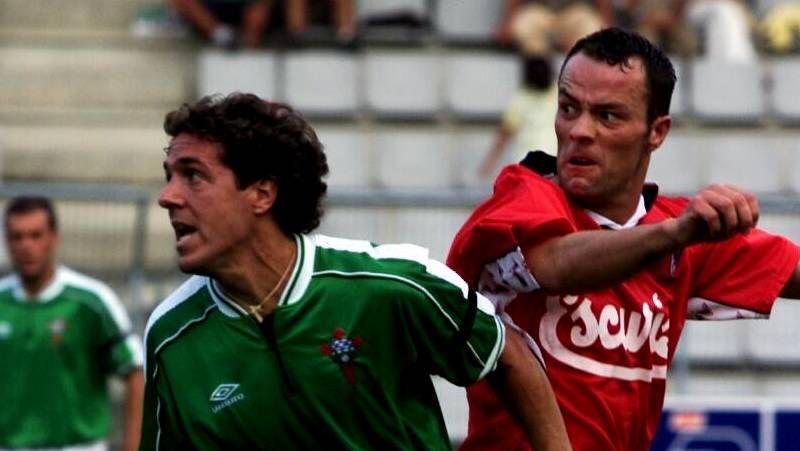 Las mejores imágenes de los partidos entre el Racing de Ferrol y el Compostela.Churre finalizó la falta que aprovechó el Racing en el campo del Atlético Astorga.