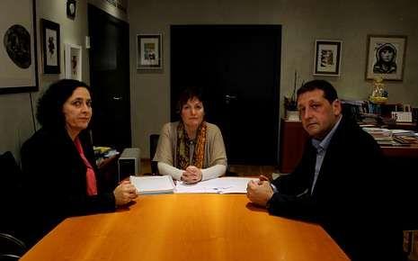 Do Campo, Mosquera y Traba, durante la reunión relativa a este tema.