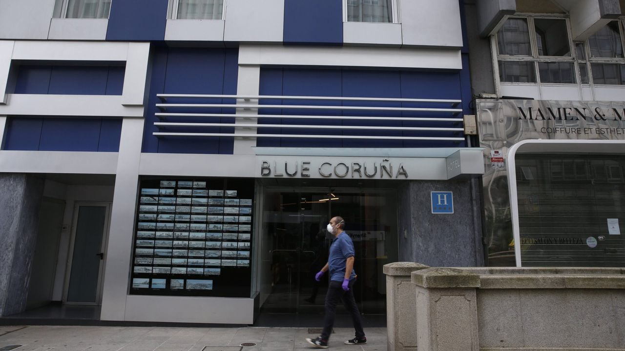 Hotel BLUE Coruña en la calle Juana de Vega.
