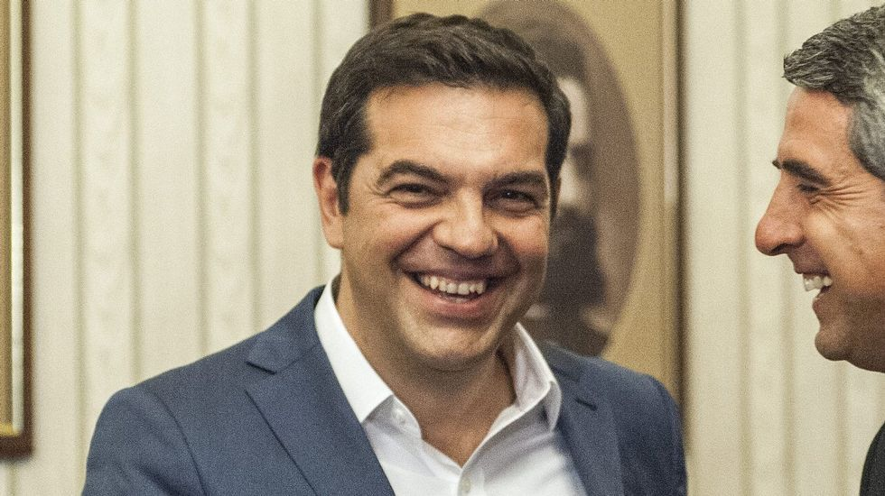 Obama se reúne con Tsipras en Atenas.Emilio León interviene durante la presentación de Podemos en la biblioteca del Fontán en enero de 2014