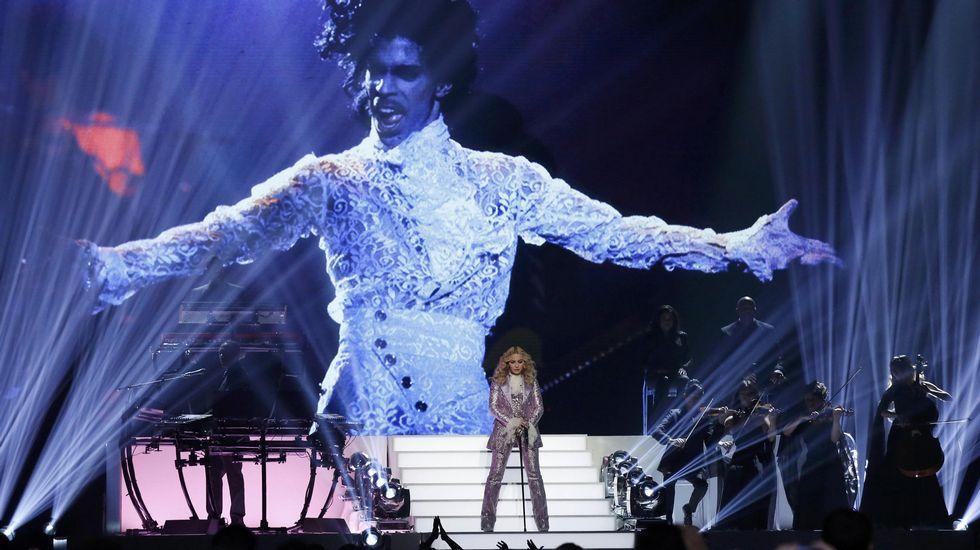 Los premios Billboard, en imágenes