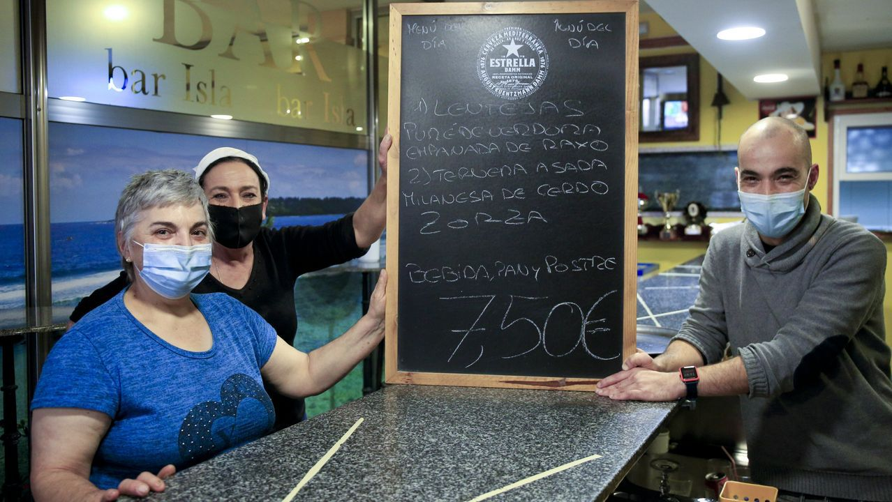 En el Bar Isla ofrecen un menú del día completo por 7,50 euros