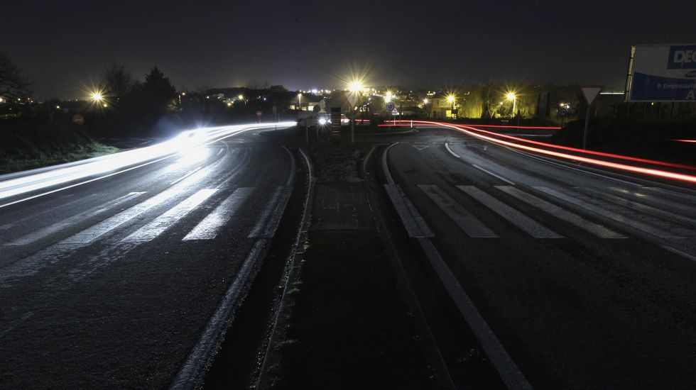 Fomento no ilumina vías nacionales a su paso por Lugo.Pie de foto.