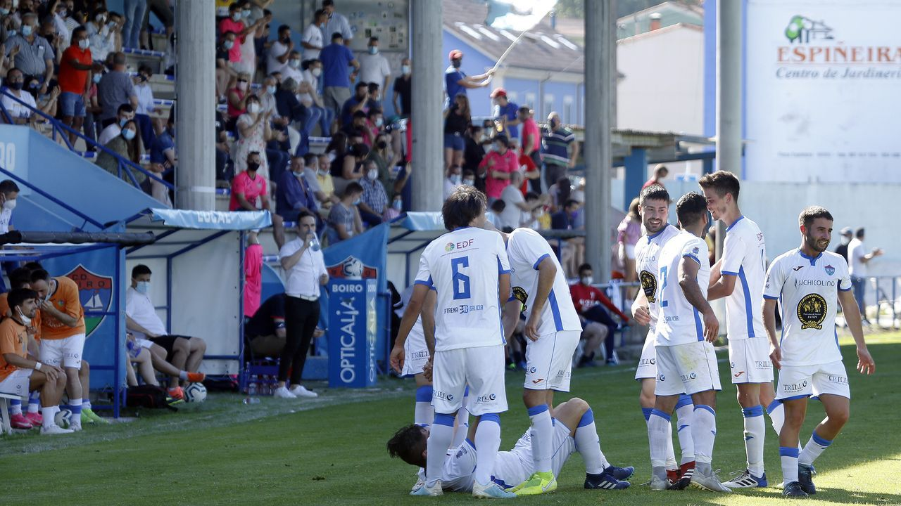 El partido entre el Noia y el Lemos en imágenes.Los boiristas llegan en buena dinámica tras vencer al Lemos el pasado fin de semana