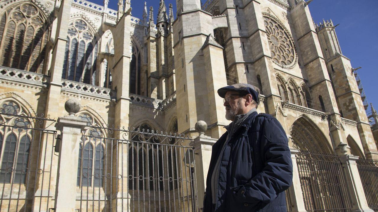 Leon Ponga.Juan Carlos Ponga es escritor y cronista local de León. «Nuestra relación siempre fue más estrecha con los asturianos y con los gallegos que con los castellanos. Ya lo sabían los romanos», sostiene
