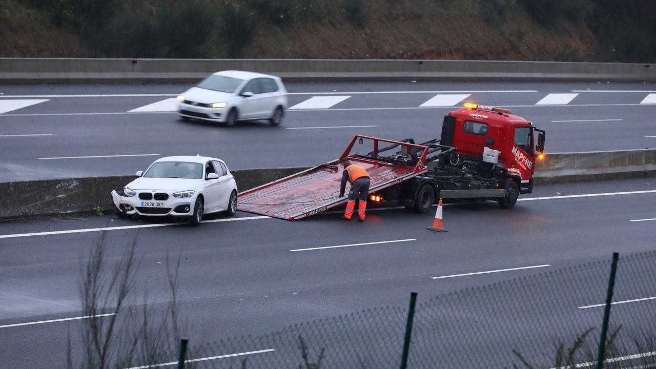 Simulación del nuevo proyecto para modificar la entrada a Oviedo por la Y.El Gobierno socialista de Sócrates implantó los peajes automáticos en las autovías gratuitas en el 2010.